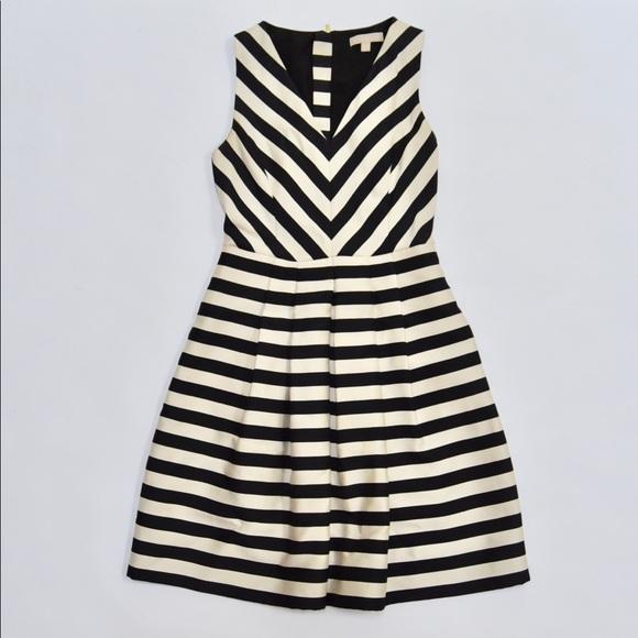 Banana Republic Dresses & Skirts - Banana Republic Black White Striped Cocktail Dress